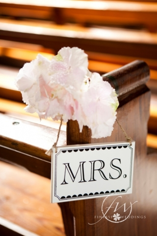 Mrs sign with hydrangea