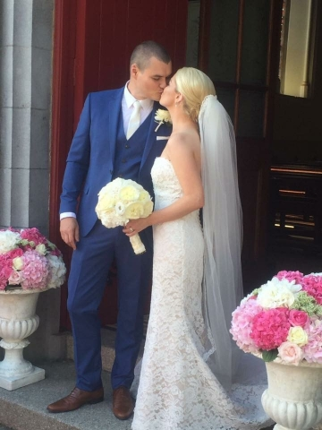 Cathal and Leona - bridal bouquets and floral urns