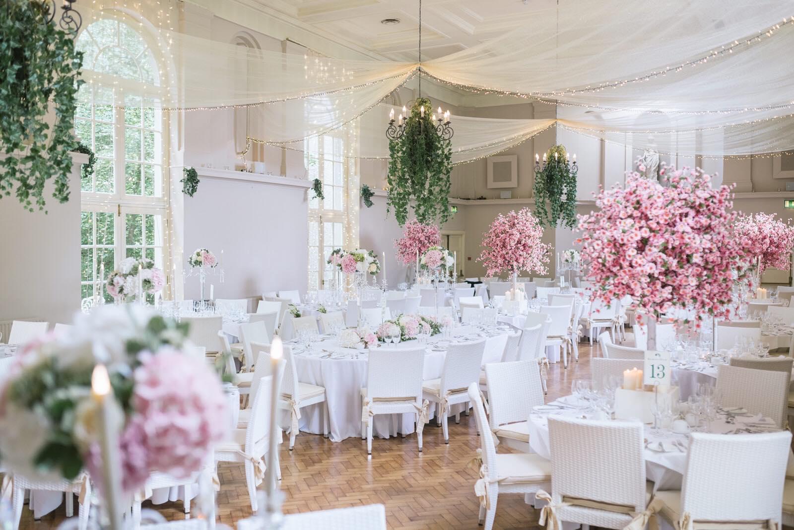 Kilshane House wedding decor
