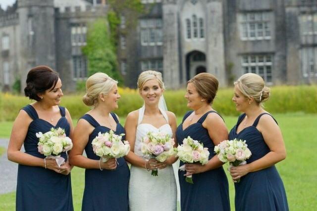 Bridal party flowers by Finesse Weddings 2016