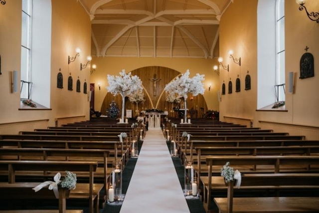 Church wedding decor 2019